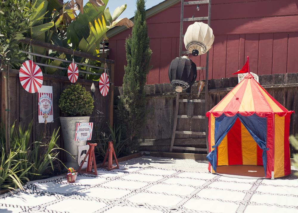 Circus Alley
