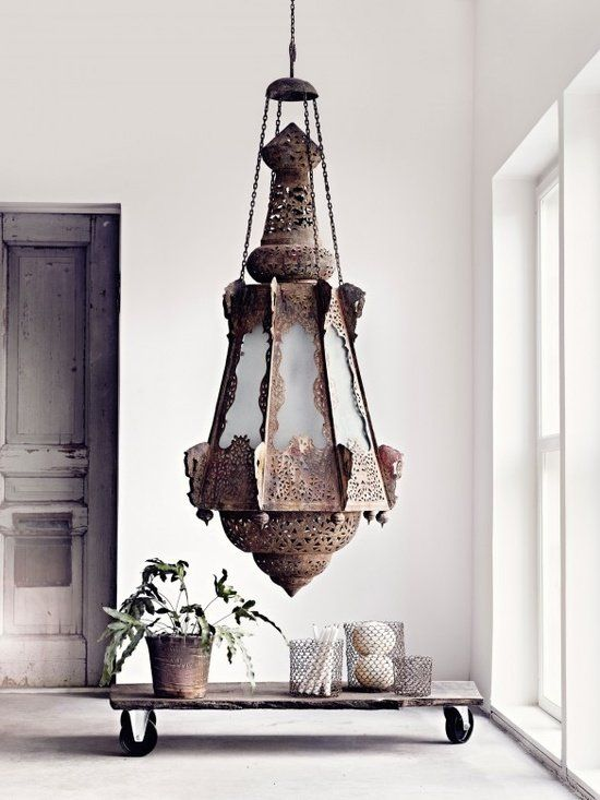Moroccan Rough Luxe Greige, via  Lieuk Interieur Advies .