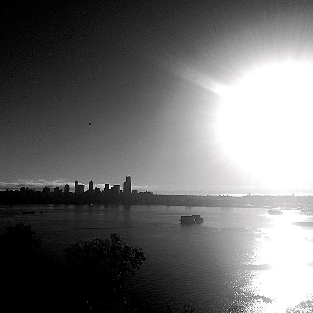 #seattle waking to a grand day.
