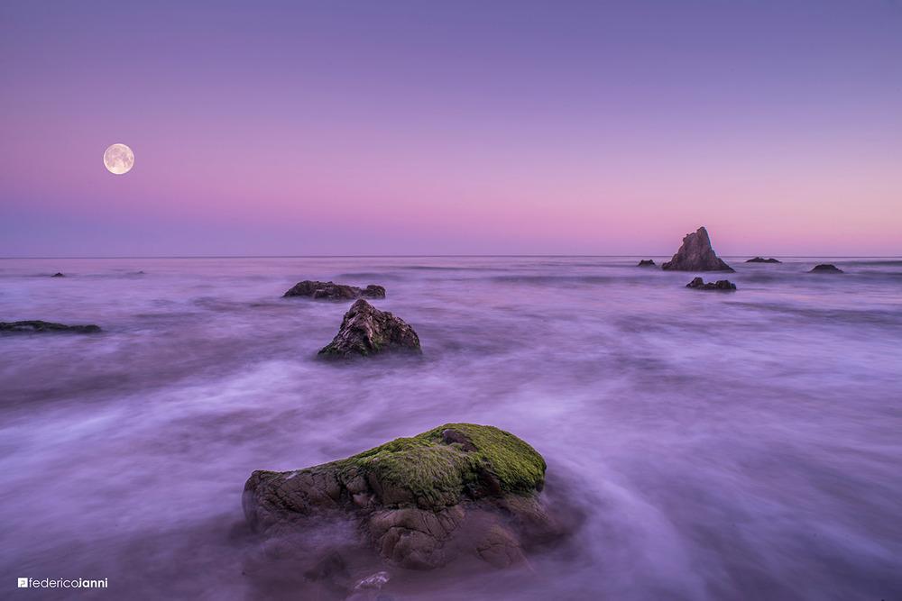 El Matador Beach, Malibu, California, United States
