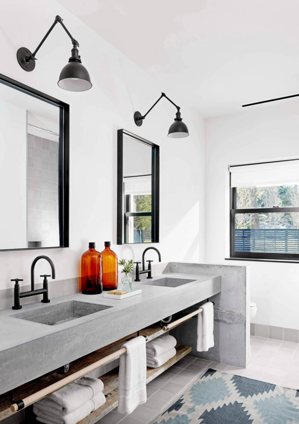 Image:  Casey Dunn  for  Aamodt/Plumb Architects  and  Bella Mancini Design