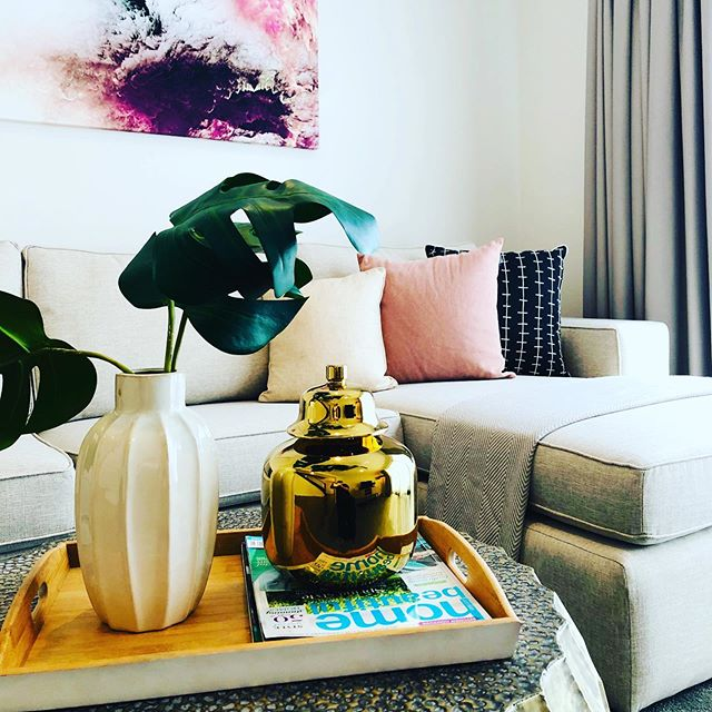 Some pretty coffee table styling at today's Rochedale install... #simplify #propertystyling #coffeetabledecor #interiors #homestaging #traystyling #photoshoot #onthemarket