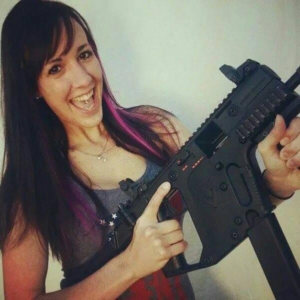 Leah Mattix_theTacticalUnicorn