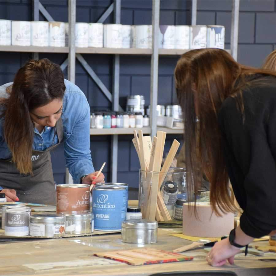 PAINTING WORKSHOPS - Various workshops for all upcyling enthusiast's who want to learn all about furniture painting from start to finish.