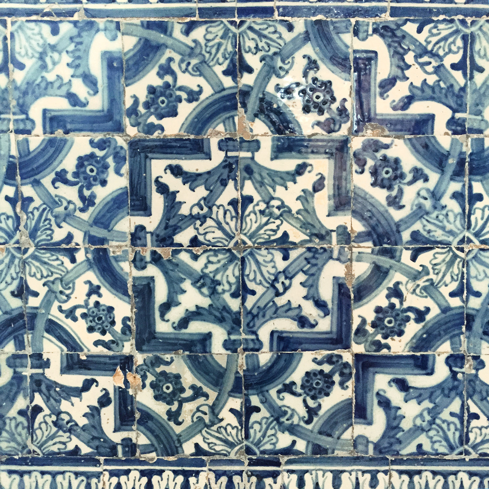 Blue Traditional Tile.jpg