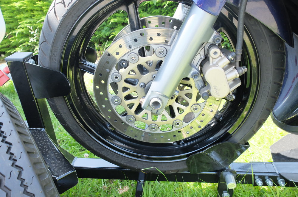 Front wheel loaded in cup