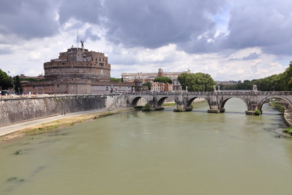 Castel Sant'Angelo, Rome.    One of the most beautiful place inside Rome, Italy. 27 July 2014. 1/250 s, f/11, + 2/3 EV, ISO 200, 28 mm, EOS 6D + EF 28-300 L