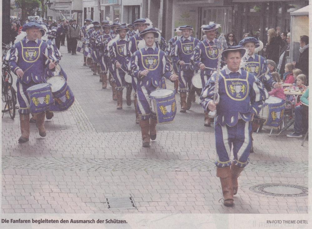 schuetzenfest_ausmarsch_2015.jpg