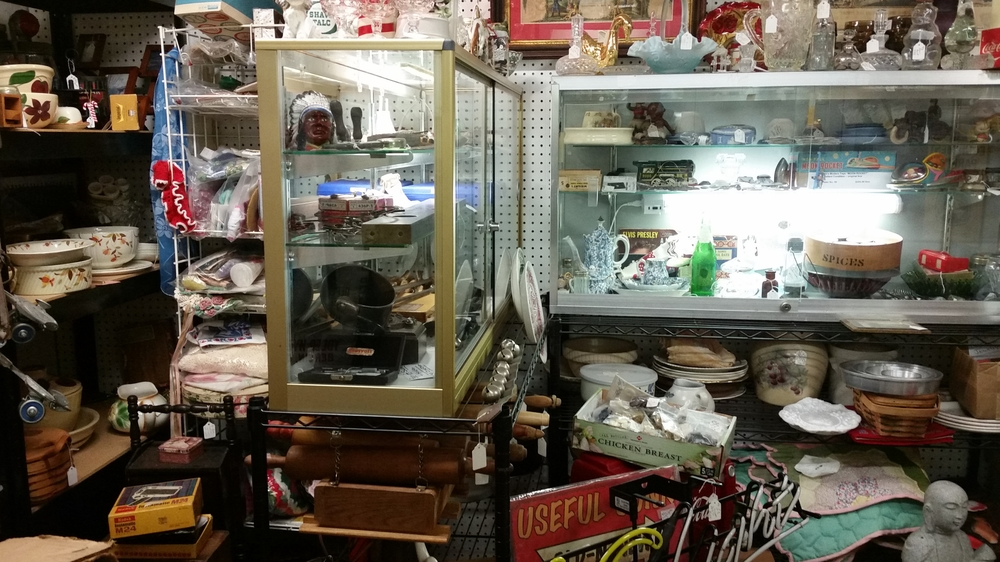 Cluttered-antique-shop.jpg