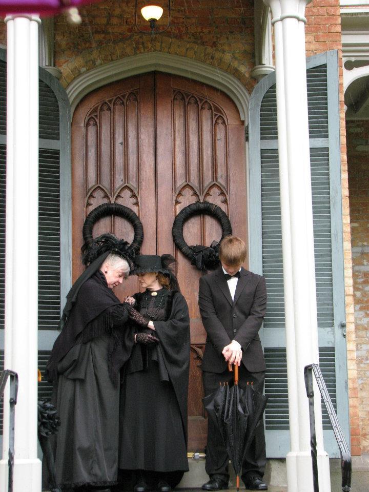 mourners.jpg