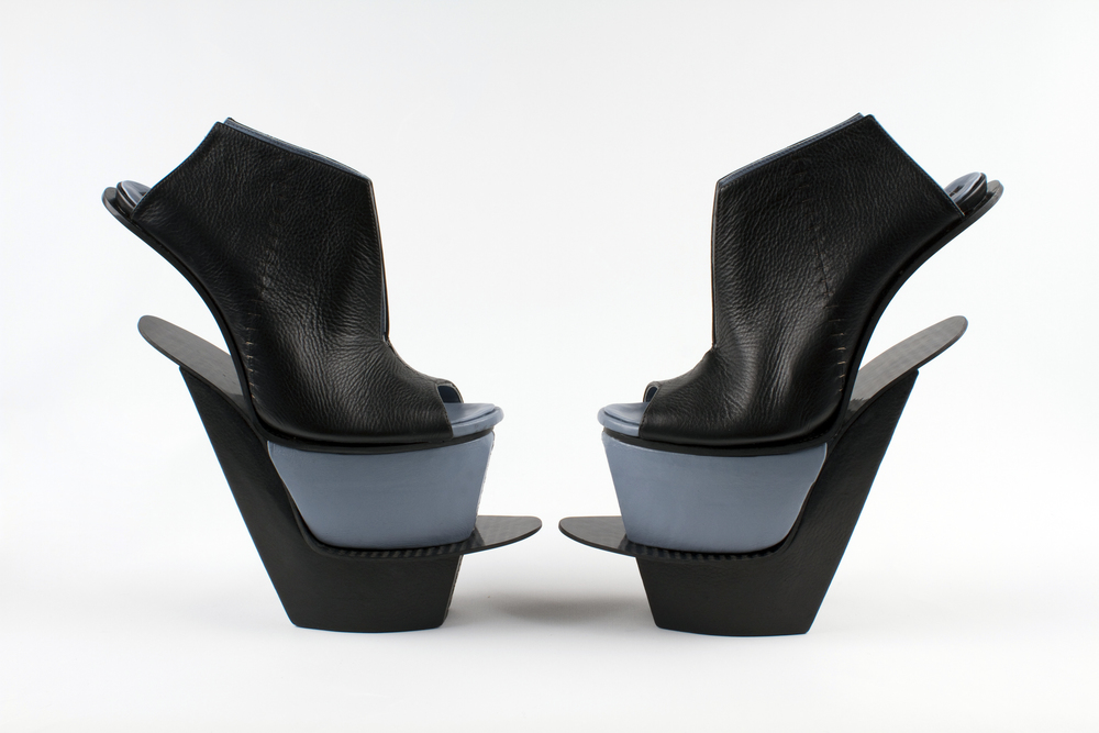 Carolin Holzhuber. Heaven Has Heels