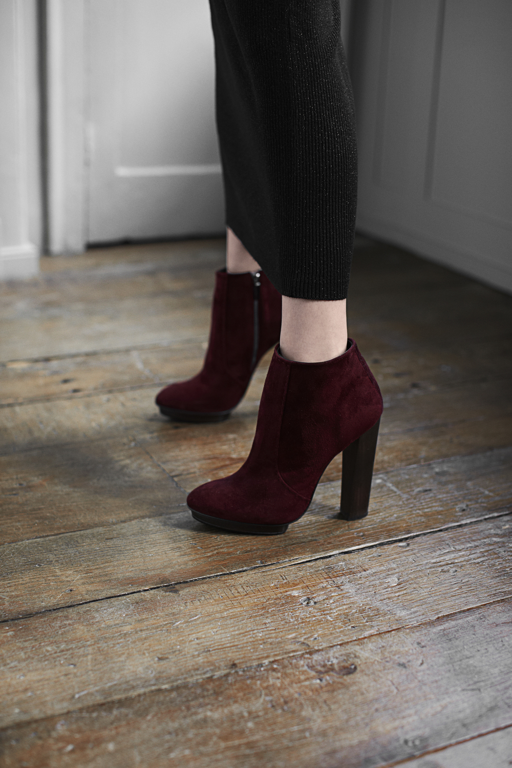 arch rouge shoe.jpg