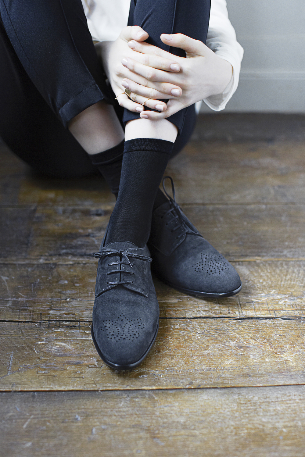 tier ash shoe.jpg