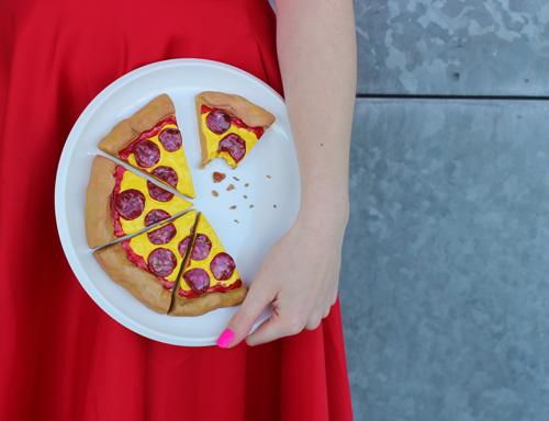 PIZZA SLICES CLUTCH BAG.jpg