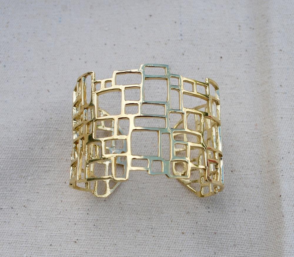 lattice cuff.jpg