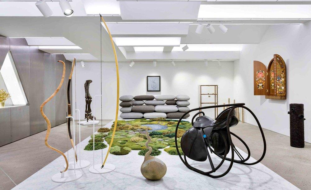 phuman-nature_chamber_wide-shot_fran-parente_kibisi-versus-brick-sofa-chamber-edition_momoko-takeshita-keane-germinate_studio-job-bavaria-triptych-mirror.jpg