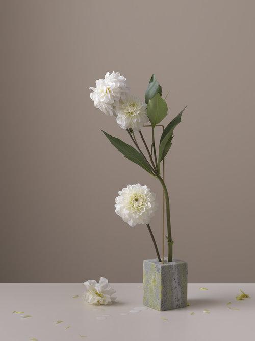 Posture Vases Bloc Studios
