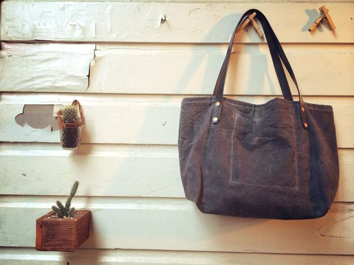 Waxed Canvas Oak Gall & Iron Tote