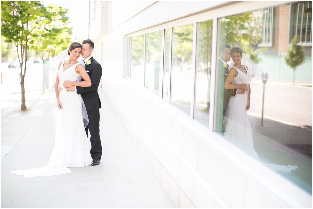 Downtown_Madison_Wisconsin_Rooftop_Fresco_Wedding_0054.jpg