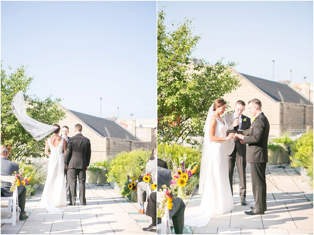 Downtown_Madison_Wisconsin_Rooftop_Fresco_Wedding_0069.jpg