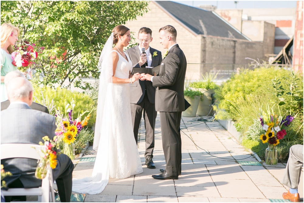 Downtown_Madison_Wisconsin_Rooftop_Fresco_Wedding_0070.jpg