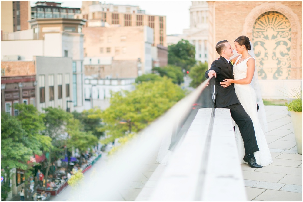Downtown_Madison_Wisconsin_Rooftop_Fresco_Wedding_0082.jpg