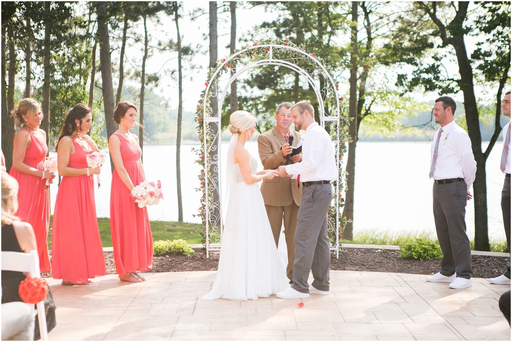 Wisconsin_Wedding_Photographers_0027.jpg