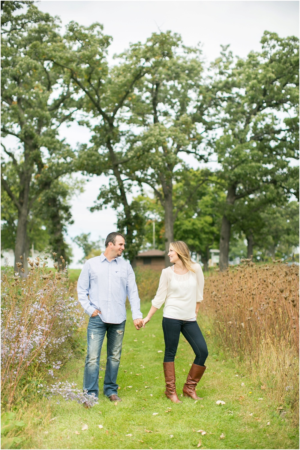 Olin_Park_Engagement_Session_Madison_Wisconsin_0002.jpg