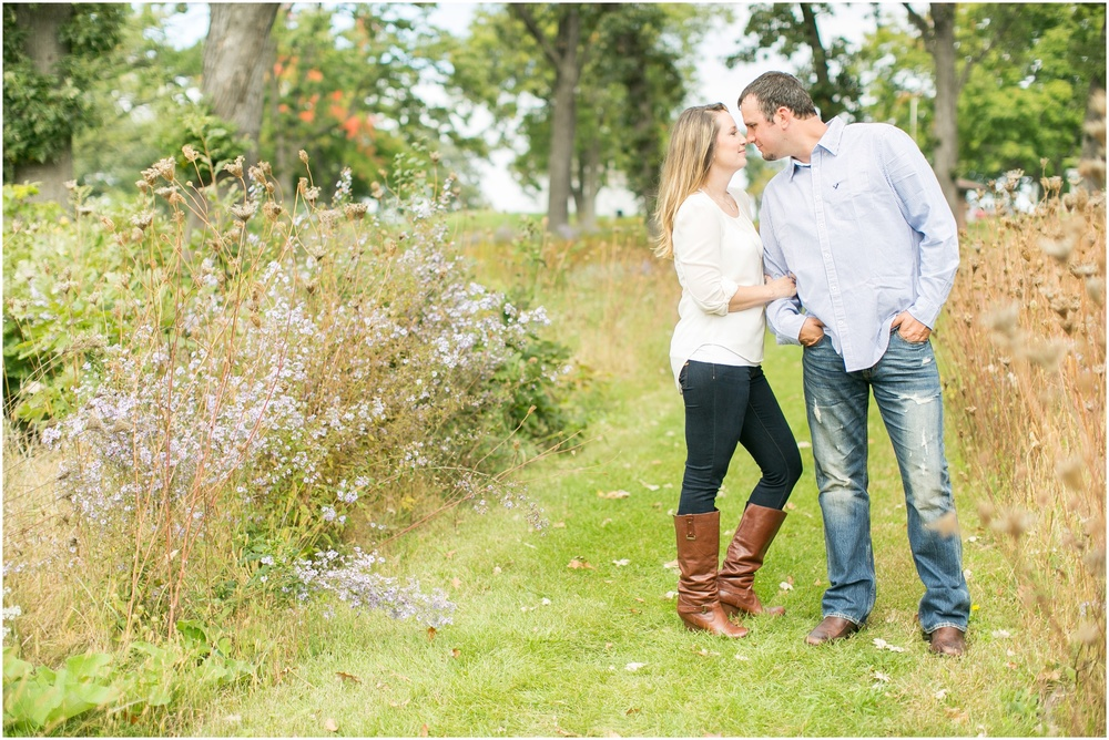 Olin_Park_Engagement_Session_Madison_Wisconsin_0005.jpg