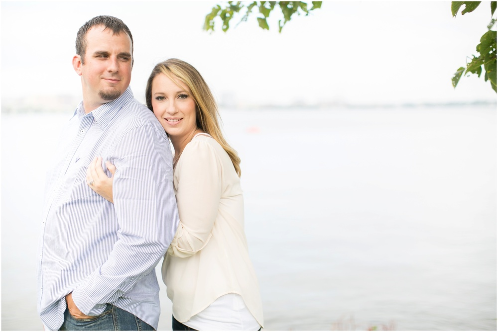 Olin_Park_Engagement_Session_Madison_Wisconsin_0009.jpg