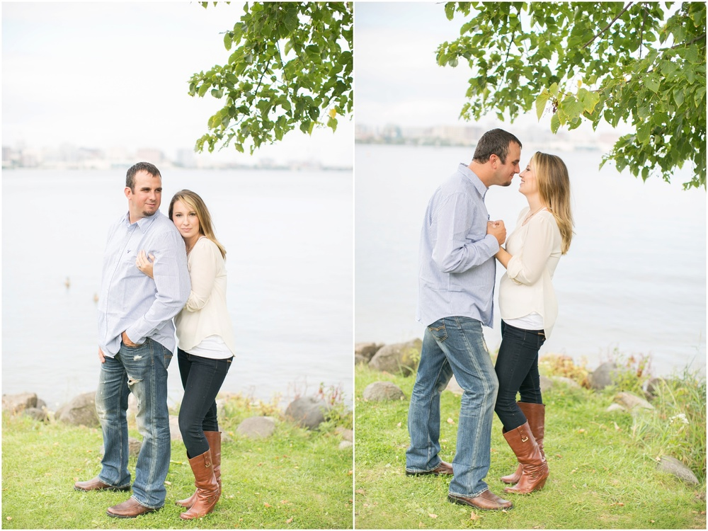 Olin_Park_Engagement_Session_Madison_Wisconsin_0010.jpg