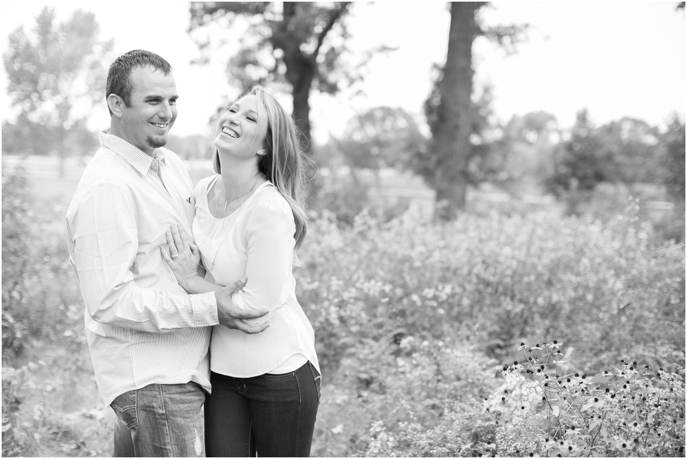 Olin_Park_Engagement_Session_Madison_Wisconsin_0026.jpg