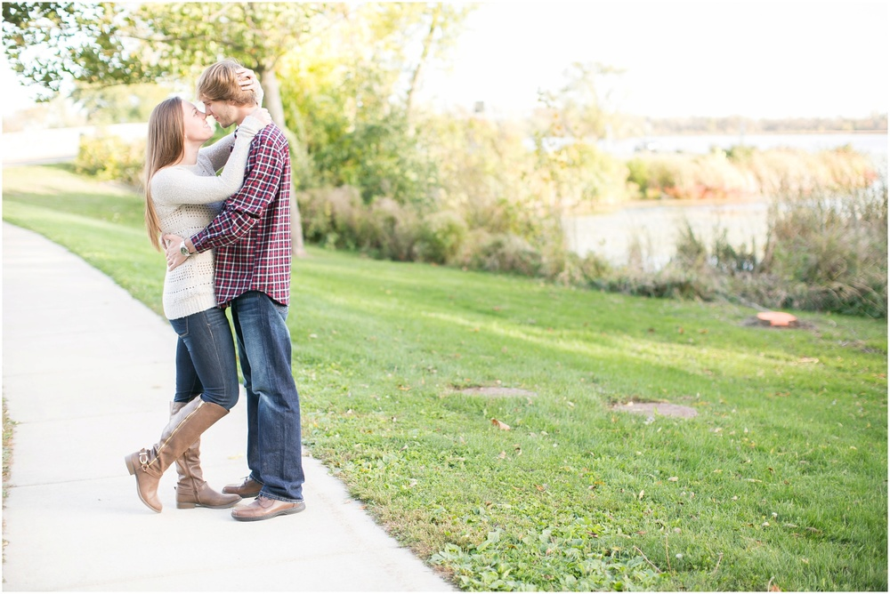 Vilas_Park_Engagement_Session_Madison_Wisconsin_0042.jpg