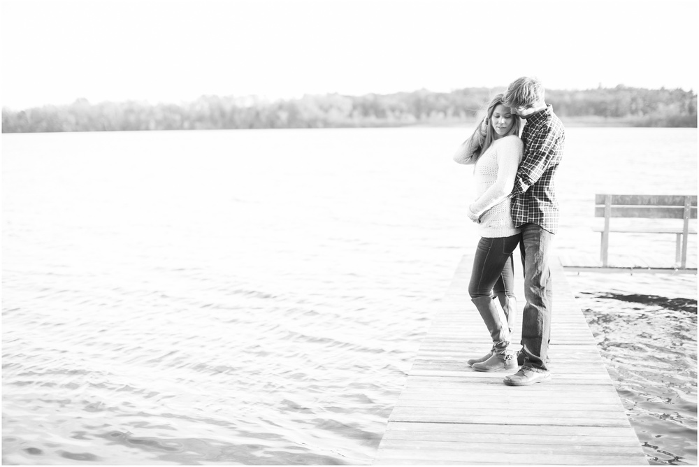 Vilas_Park_Engagement_Session_Madison_Wisconsin_0053.jpg