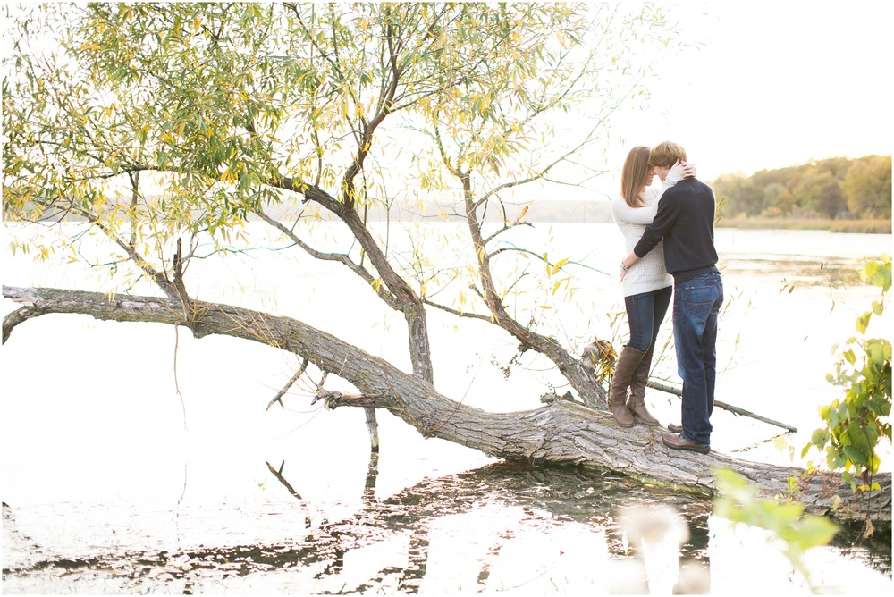 Vilas_Park_Engagement_Session_Madison_Wisconsin_0078.jpg