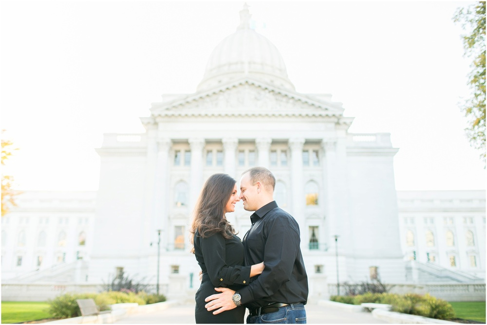 Downtown_Engagement_Session_Madison_Wisconsin_0087.jpg