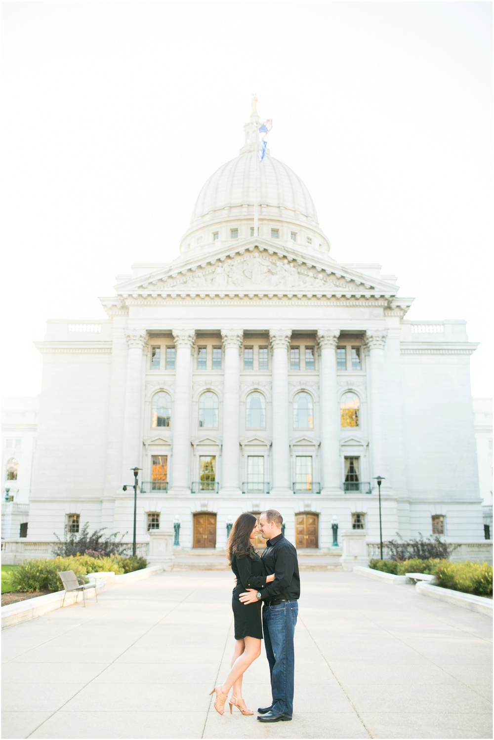 Downtown_Engagement_Session_Madison_Wisconsin_0088.jpg