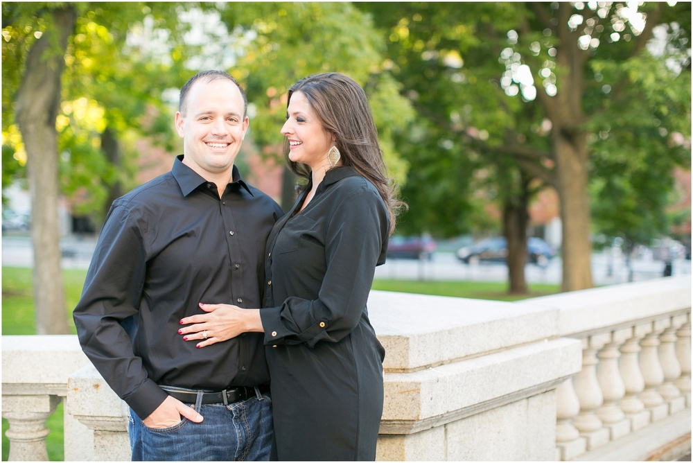 Downtown_Engagement_Session_Madison_Wisconsin_0093.jpg