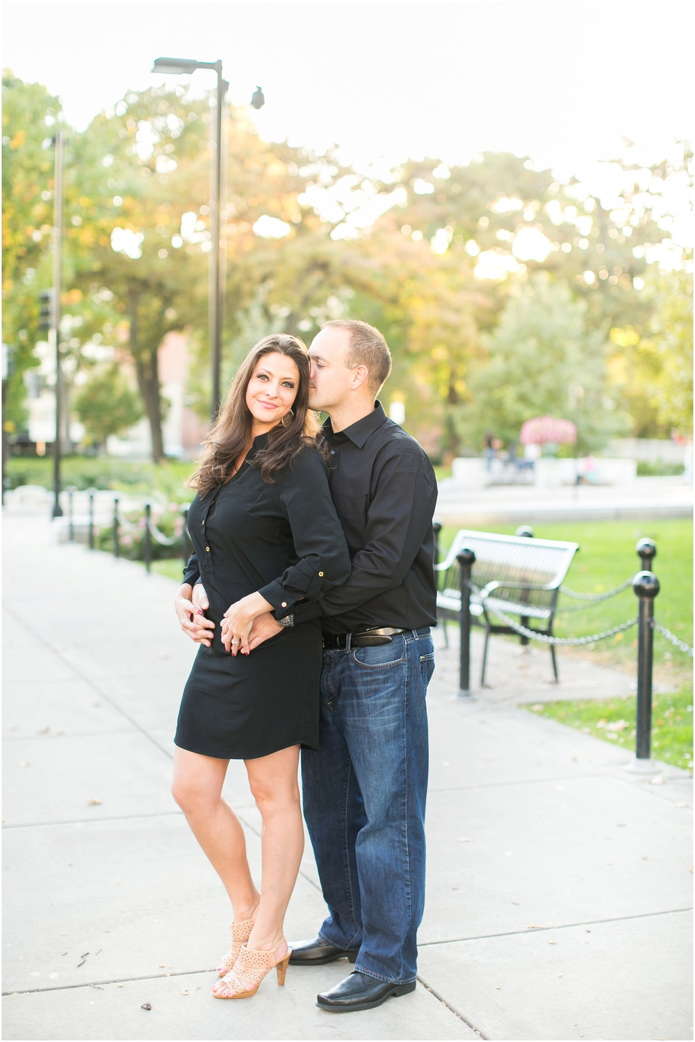 Downtown_Engagement_Session_Madison_Wisconsin_0096.jpg
