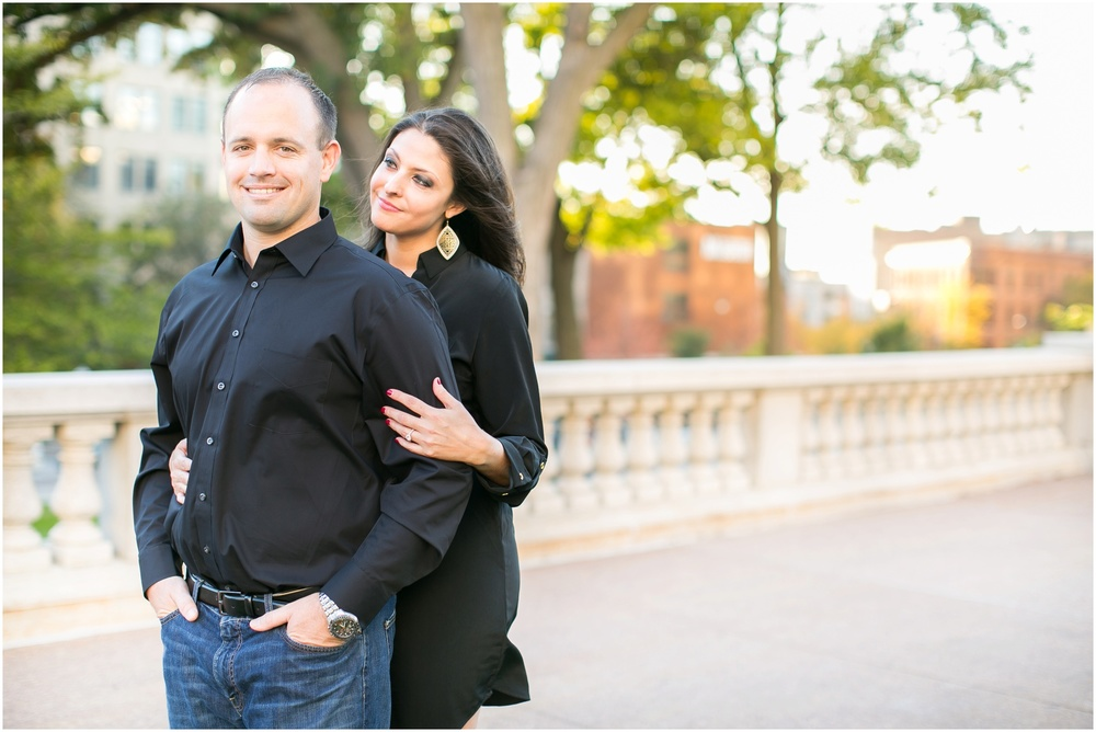 Downtown_Engagement_Session_Madison_Wisconsin_0100.jpg