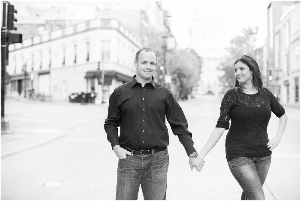 Downtown_Engagement_Session_Madison_Wisconsin_0109.jpg