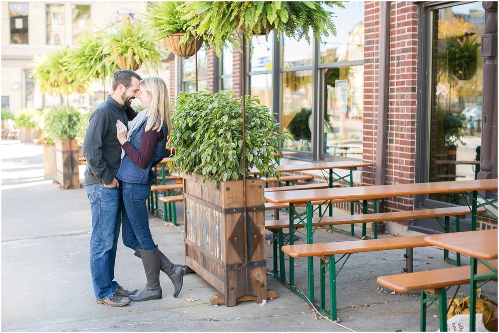 Milwaukee_Wisconsin_Fall_Engagement_Session_0022.jpg
