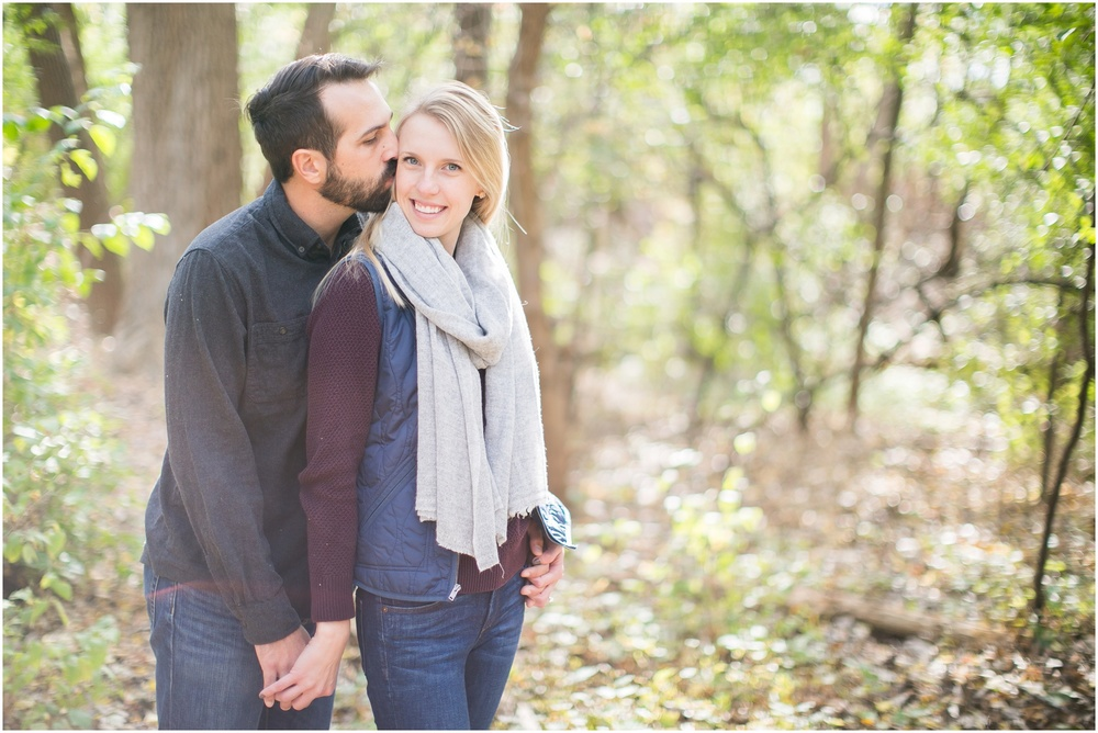 Milwaukee_Wisconsin_Fall_Engagement_Session_0026.jpg