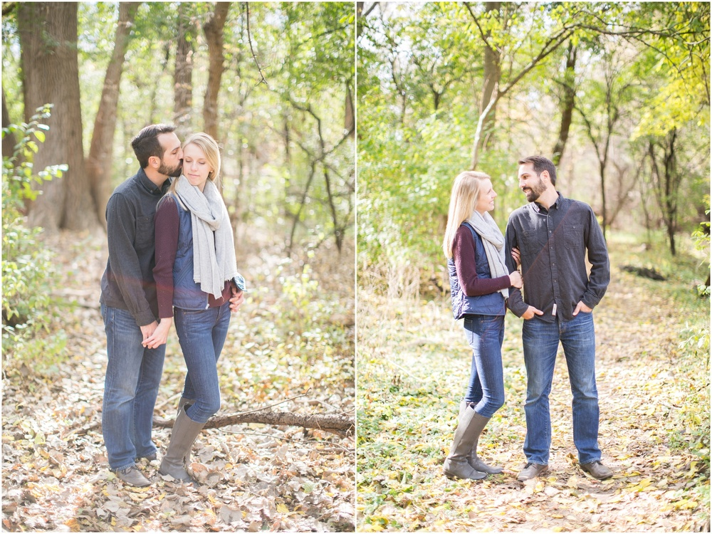 Milwaukee_Wisconsin_Fall_Engagement_Session_0025.jpg