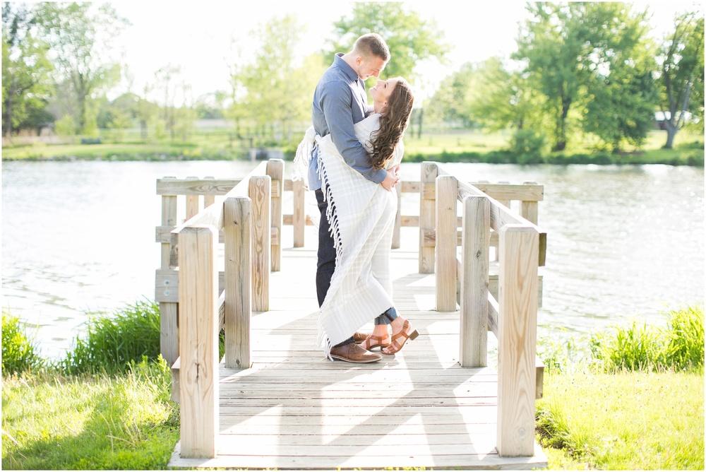 Madison_Wisconsin_wedding_Photographers_Beckman_Mill_Park_0178.jpg