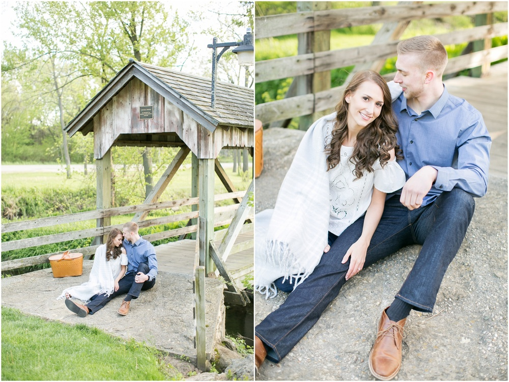 Madison_Wisconsin_wedding_Photographers_Beckman_Mill_Park_0189.jpg