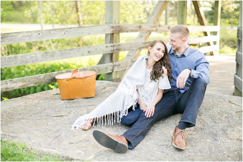 Madison_Wisconsin_wedding_Photographers_Beckman_Mill_Park_0190.jpg