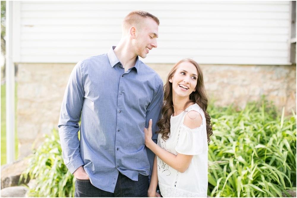 Madison_Wisconsin_wedding_Photographers_Beckman_Mill_Park_0195.jpg