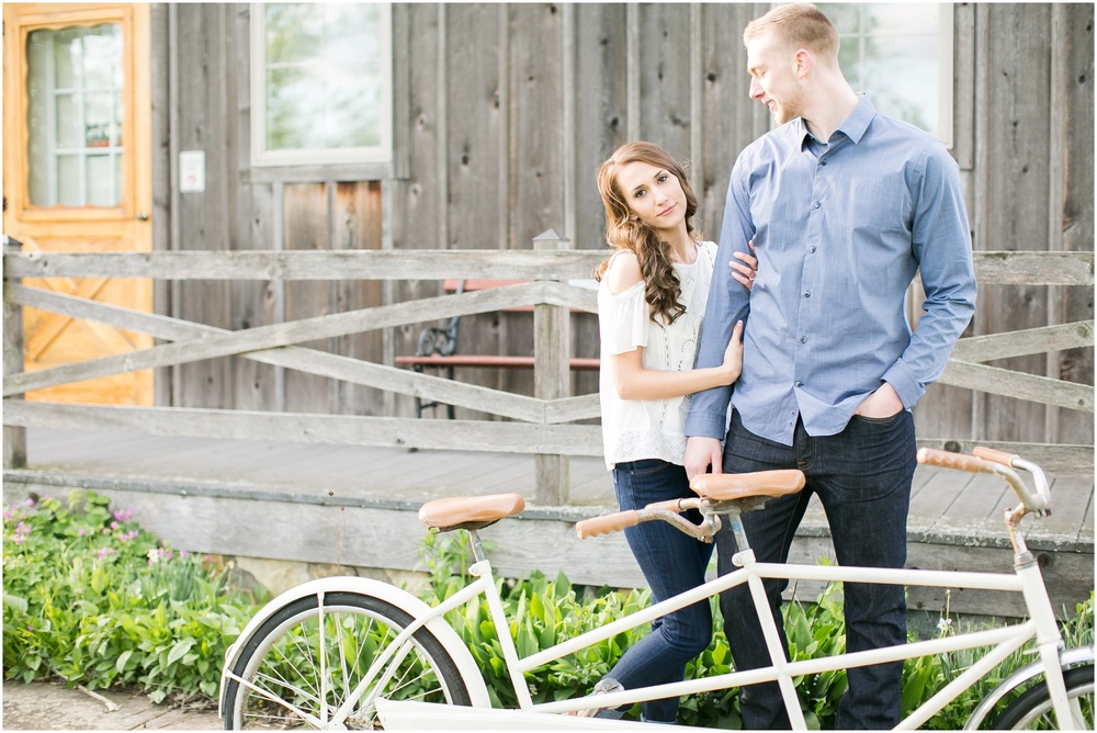 Madison_Wisconsin_wedding_Photographers_Beckman_Mill_Park_0198.jpg