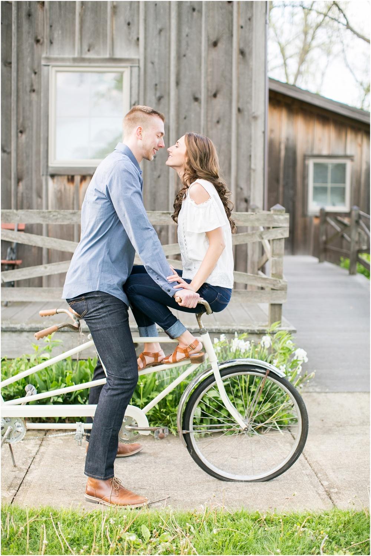 Madison_Wisconsin_wedding_Photographers_Beckman_Mill_Park_0201.jpg
